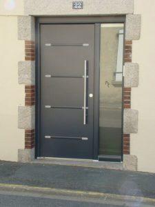 Porte moderne par la menuiserie sur Les Herbiers, Luc Merlet